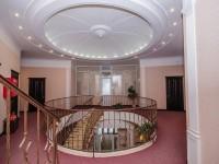Холл 2 этажа